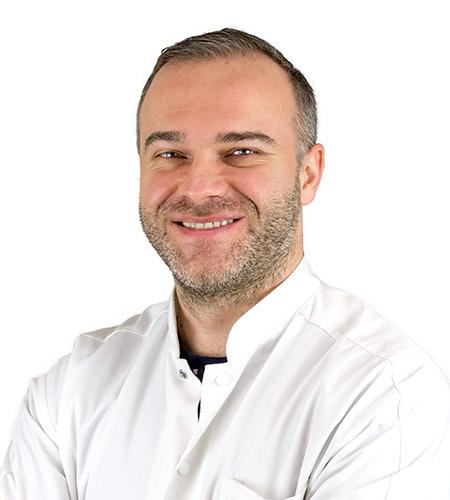 Dr. Pătrîncă Andrei Ciprian