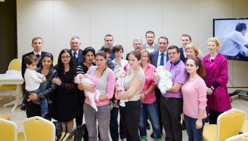 30 de copii cu spina bifida și hidrocefalie