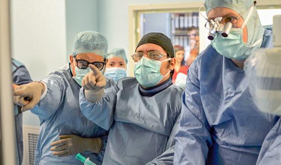 Disecție aortică complexă tratat endovascular