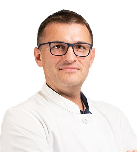 Dr. Simescu Răzvan